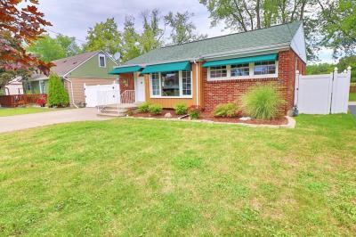 VERY WELL MAINTAINED, FRESHLY PAINTED LASALLE BUNGALOW