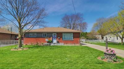 Spectacular opportunity to live in a much sought after area of Chatham.